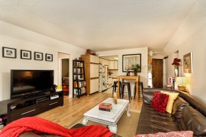 Hunter Creek Condo Family Room